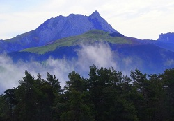 foto montaña buena